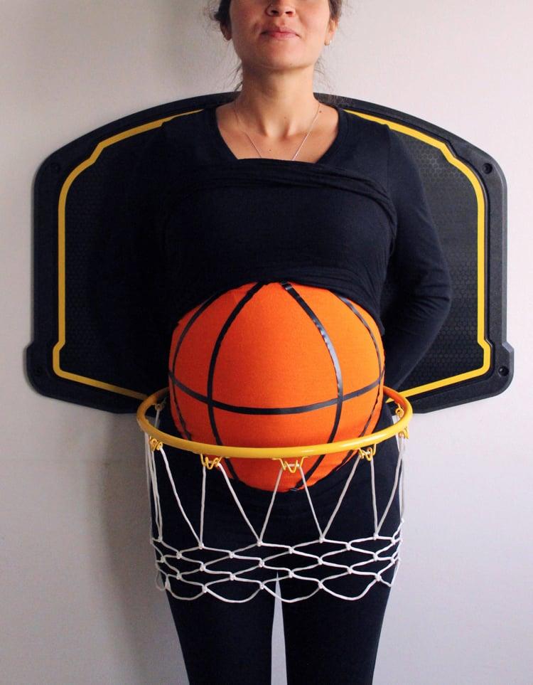 Kostüm für Schwangere Baskettball Spielerin