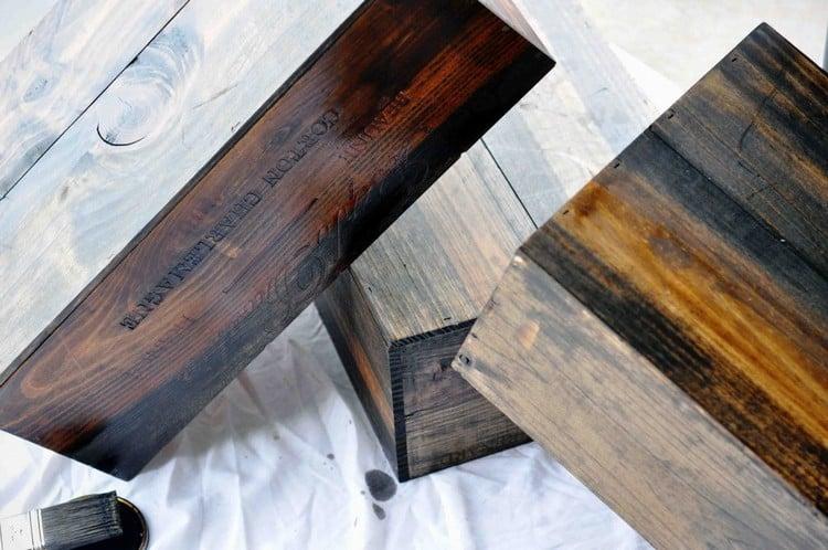 Tisch aus Weinkisten bauen Nachttisch Kisten lackieren
