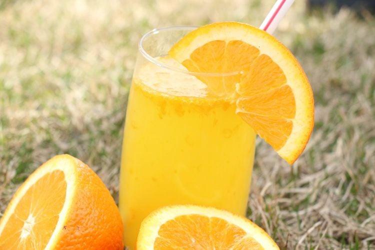Erfrischungsgetränk Orangeade