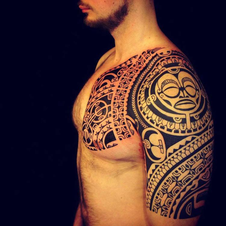 coole Tattoos für Männer Maori Azteken