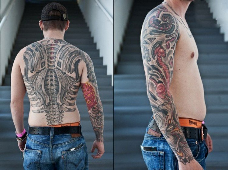 coole Tattoos für Männer Biomechanik Rücken Arm