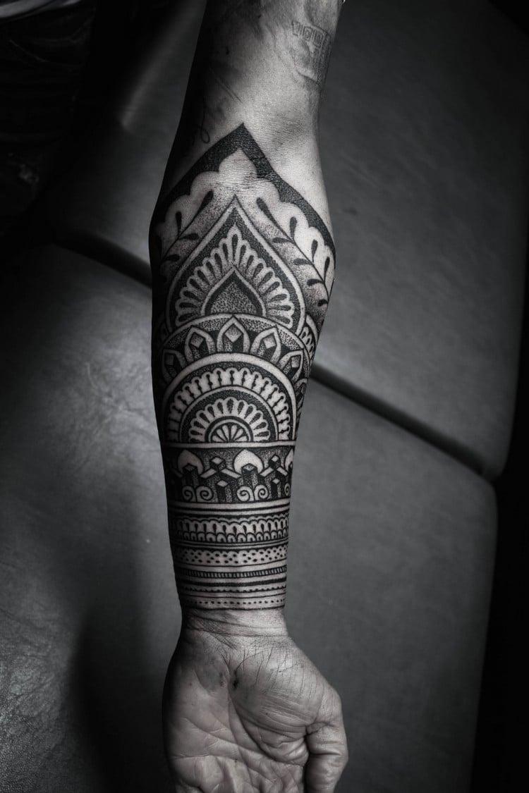 coole Tattoos für Männer geometrisch Punkten