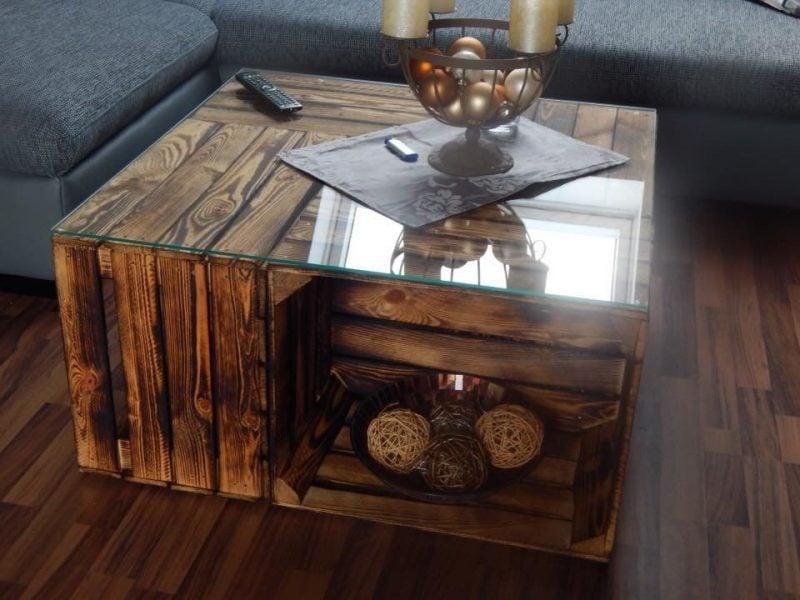 Tisch aus Weinkisten Couchtisch mit Glasplatte