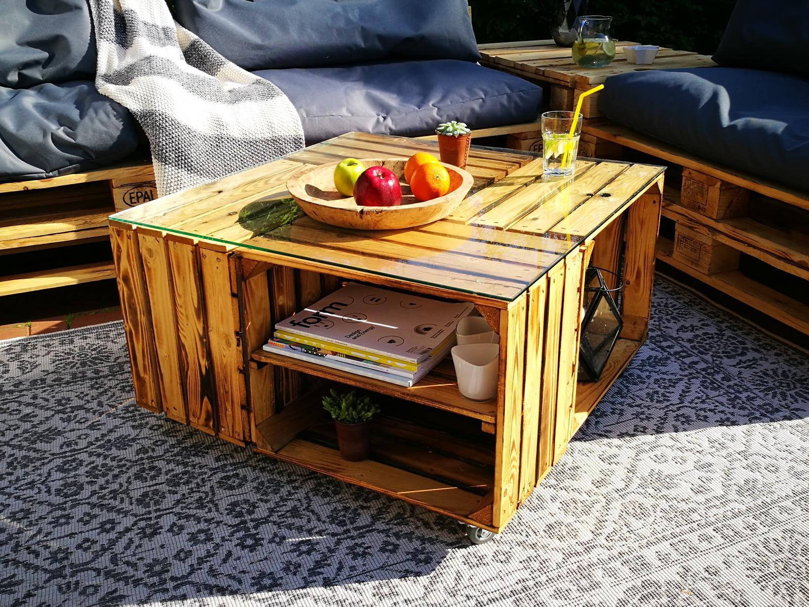 Tisch aus Weinkisten eleganter Couchtisch DIY