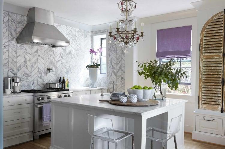 Küche Wandfarbe weiß tolle Marmor Fliesen