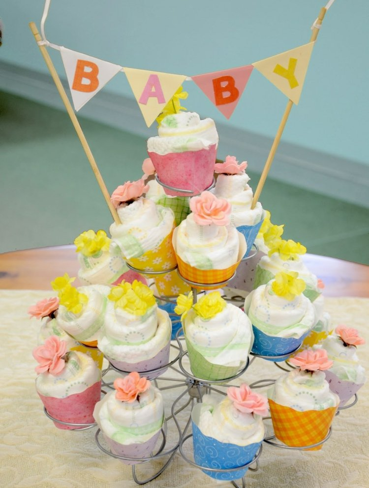 Pamperstorte basteln Cupcakes