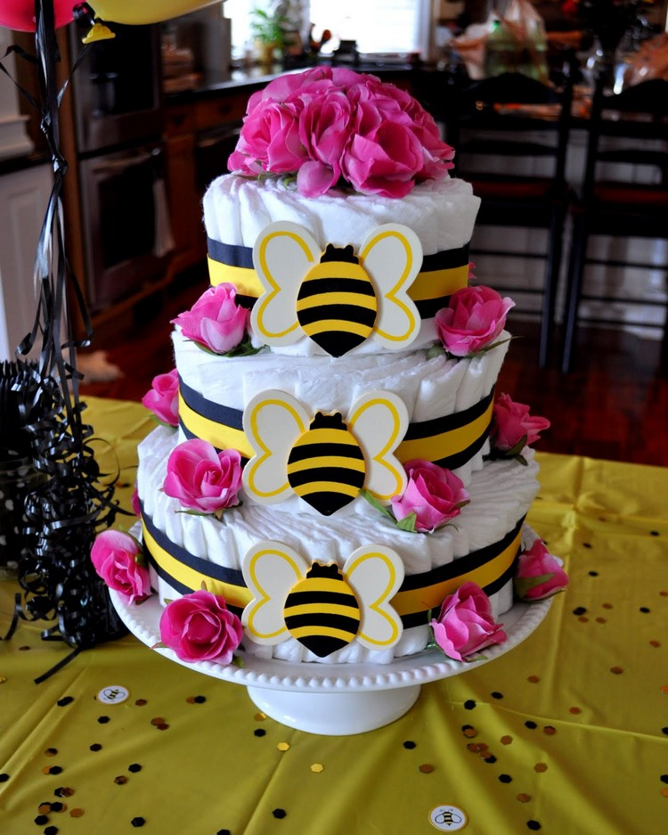 Pamperstorte basteln Blumen Bienen