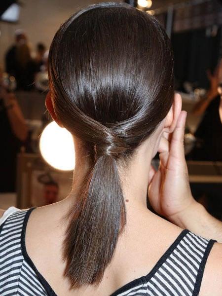 Einfache Frisuren für den Alltag für lange Haare