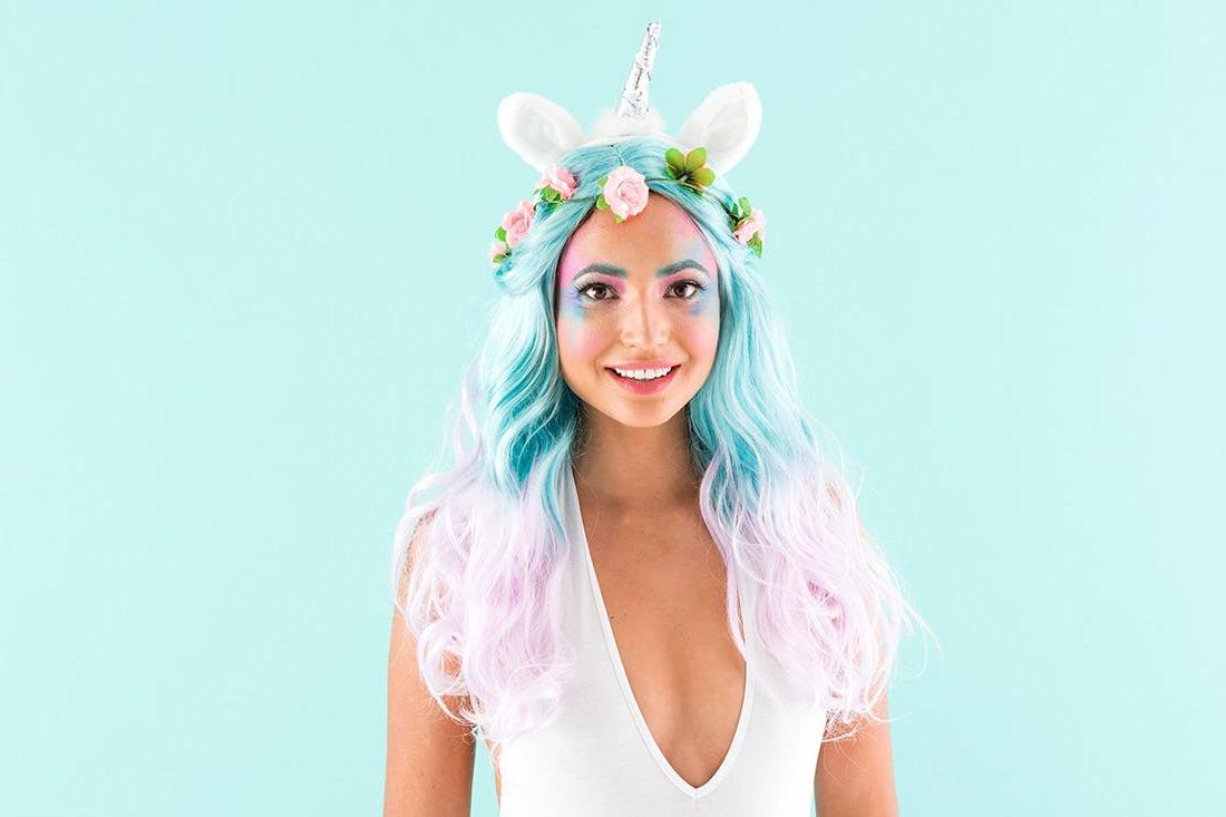 Sehen Sie perfekt aus mit einen Einhorn Kostüm für Fasching