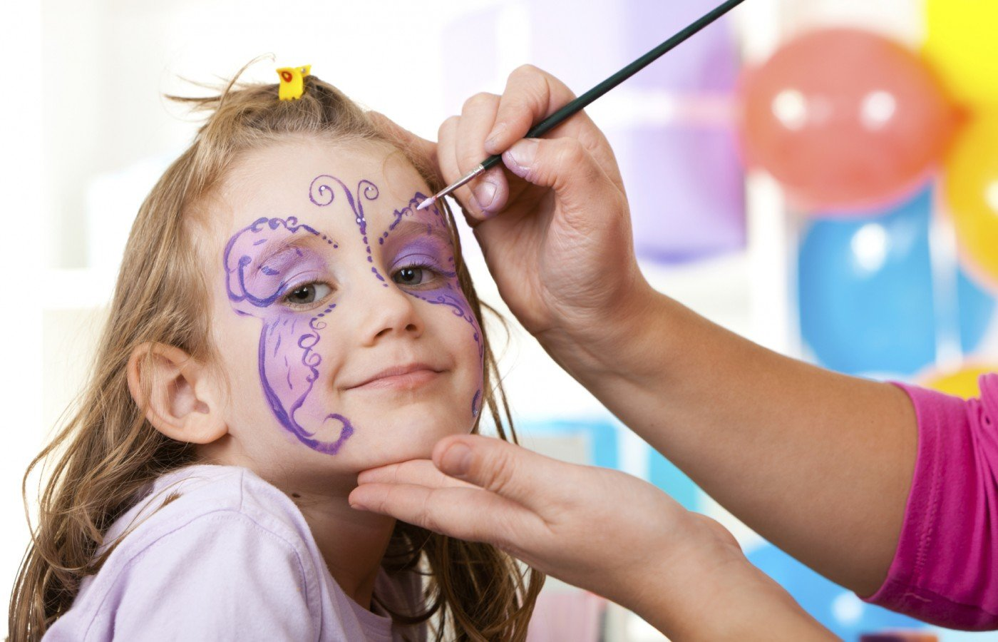 Kinderschminken Schmetterling selber machen - Fasching Make Up Ideen