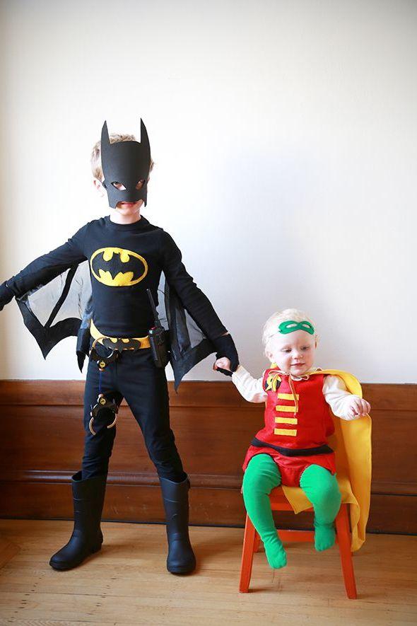 Batman und Robin: Superhelden Kostüm selber machen
