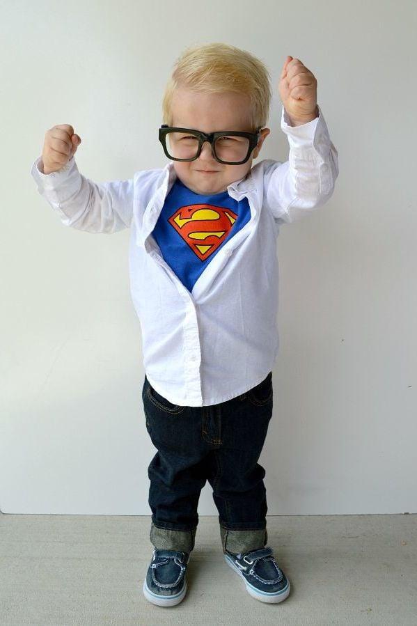 Kostüm Superhelden selber machen: Clark Kent für die kleinste