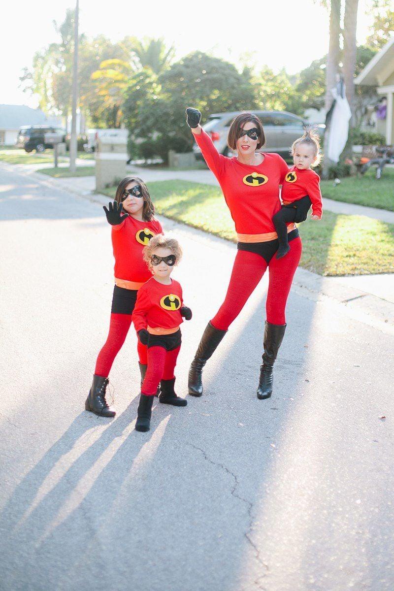 Superhelden Kostüm selber machen für die ganze Familie