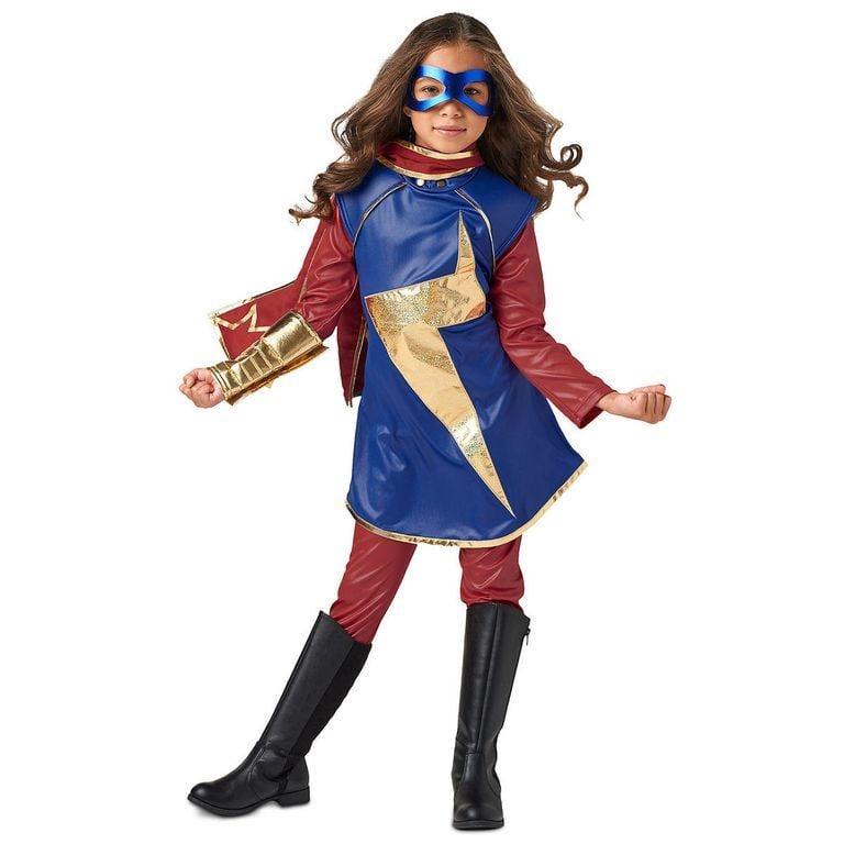 Superhelden Kostüm selber machen schnell und einfach