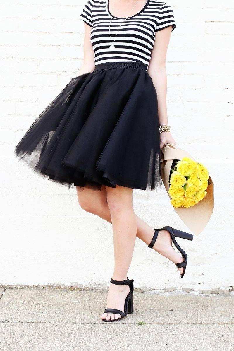 Eleganten und stilvollen Tüllrock in Schwarz
