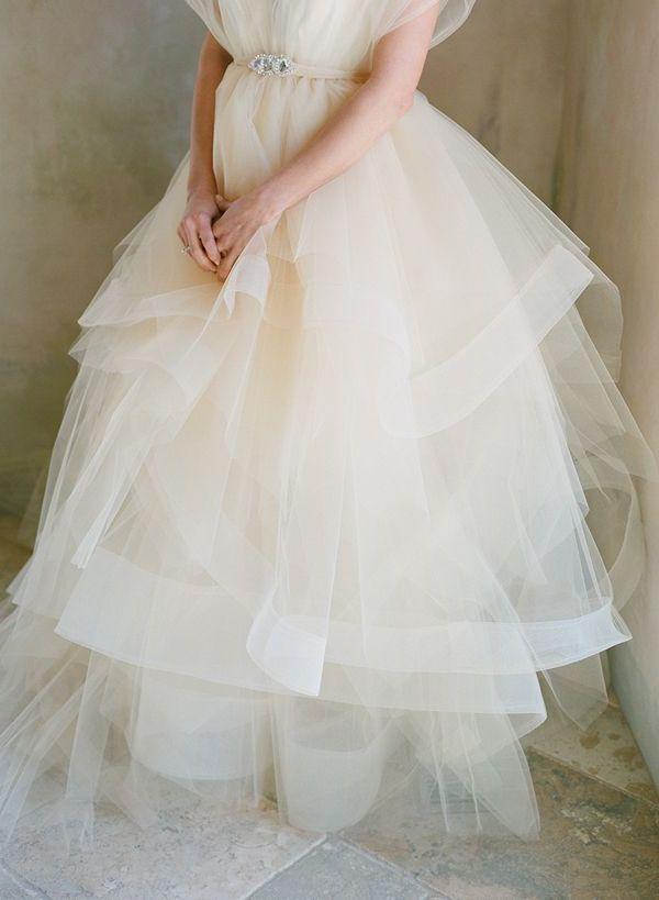 Braut in Tüllrock: sanft und romantisch
