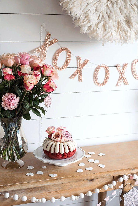 Valentinstag 2018 - Deko mit Glitzer und Blumen