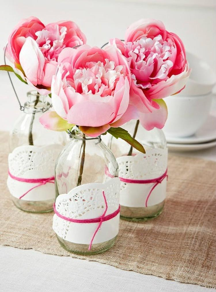 tolle Blumenvasen Zierdeckchen DIY