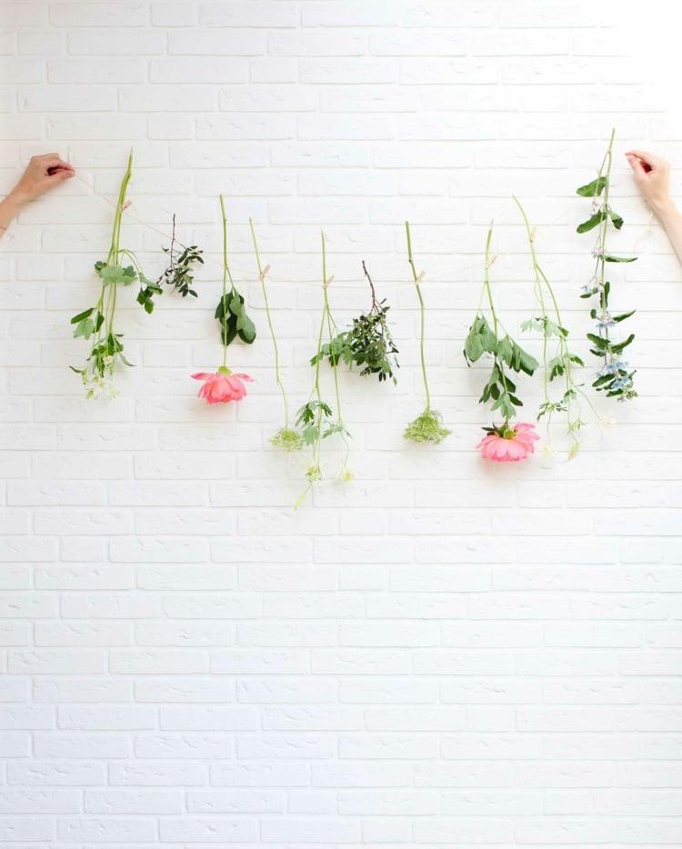 Girlande aus Blumen selber machen