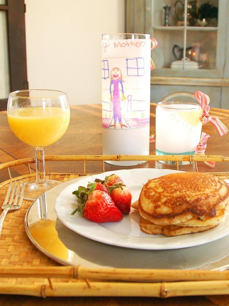 Muttertag Frühstück zubereiten
