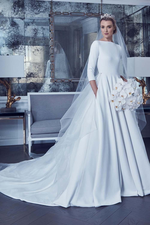 Hochzeitskleid königlicher Look