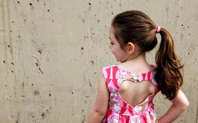 Sommerkleid nähen kleines Mädchen