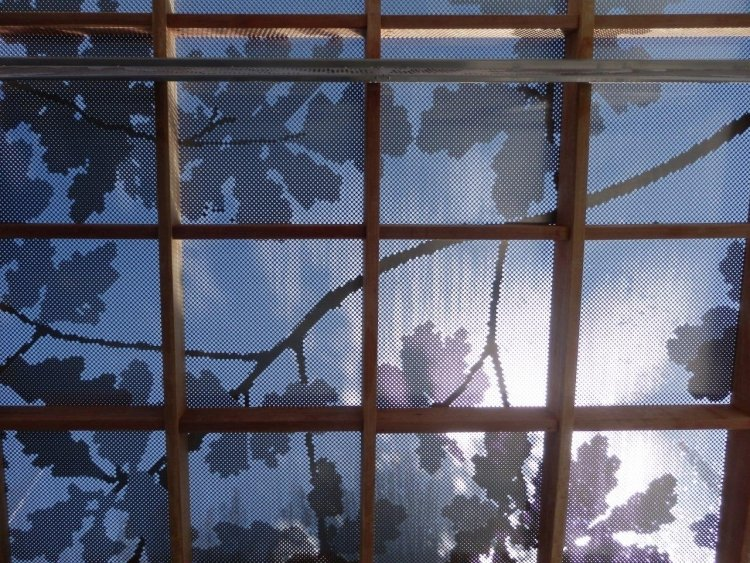 Zaun aus Metall Sichtschutz blickdicht