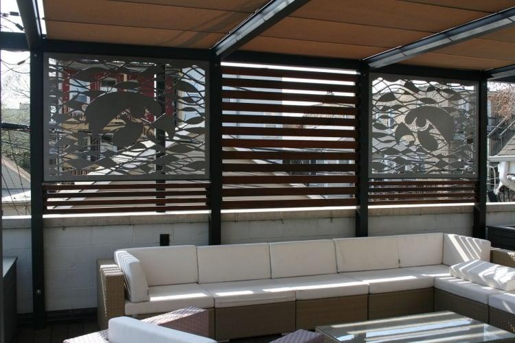Sichtschutz auf der Terrasse Metall