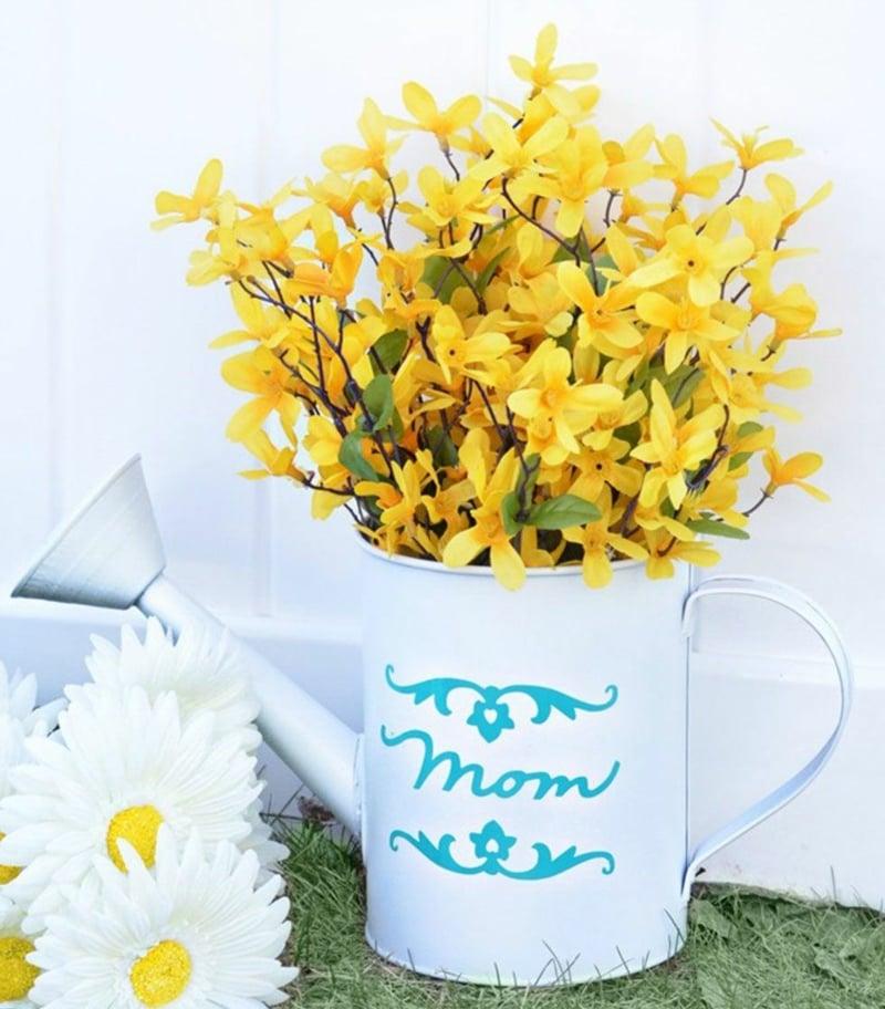 Blumen schenken Muttertag Vase lackieren