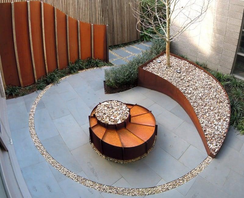 asymmetrischer Sichtschutzzaun Cortenstahl Garten