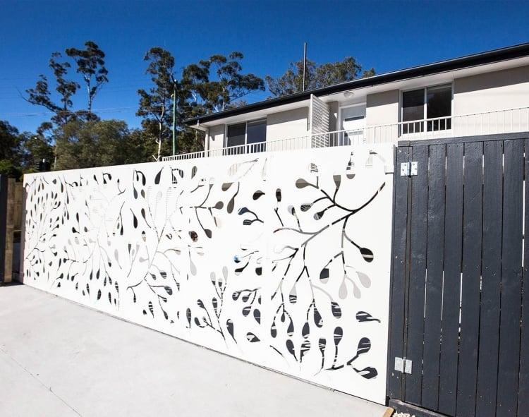 Gartenzaun aus Aluminium weiß