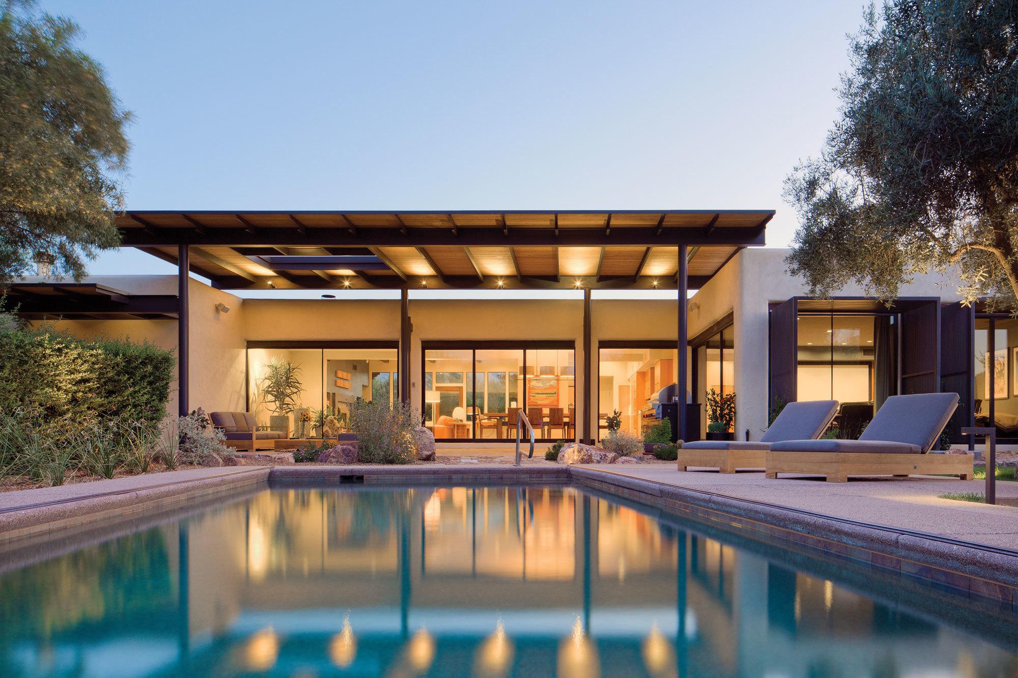 Innenhof Spanischer Häuser: modern Design