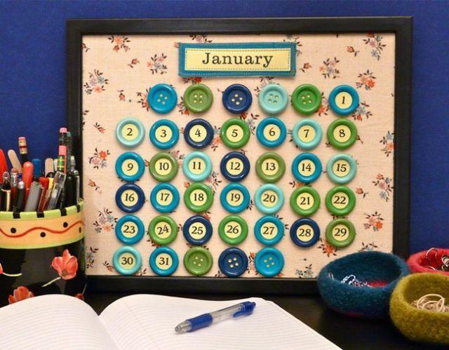 Kalender Selber Basteln mit Knöpfen