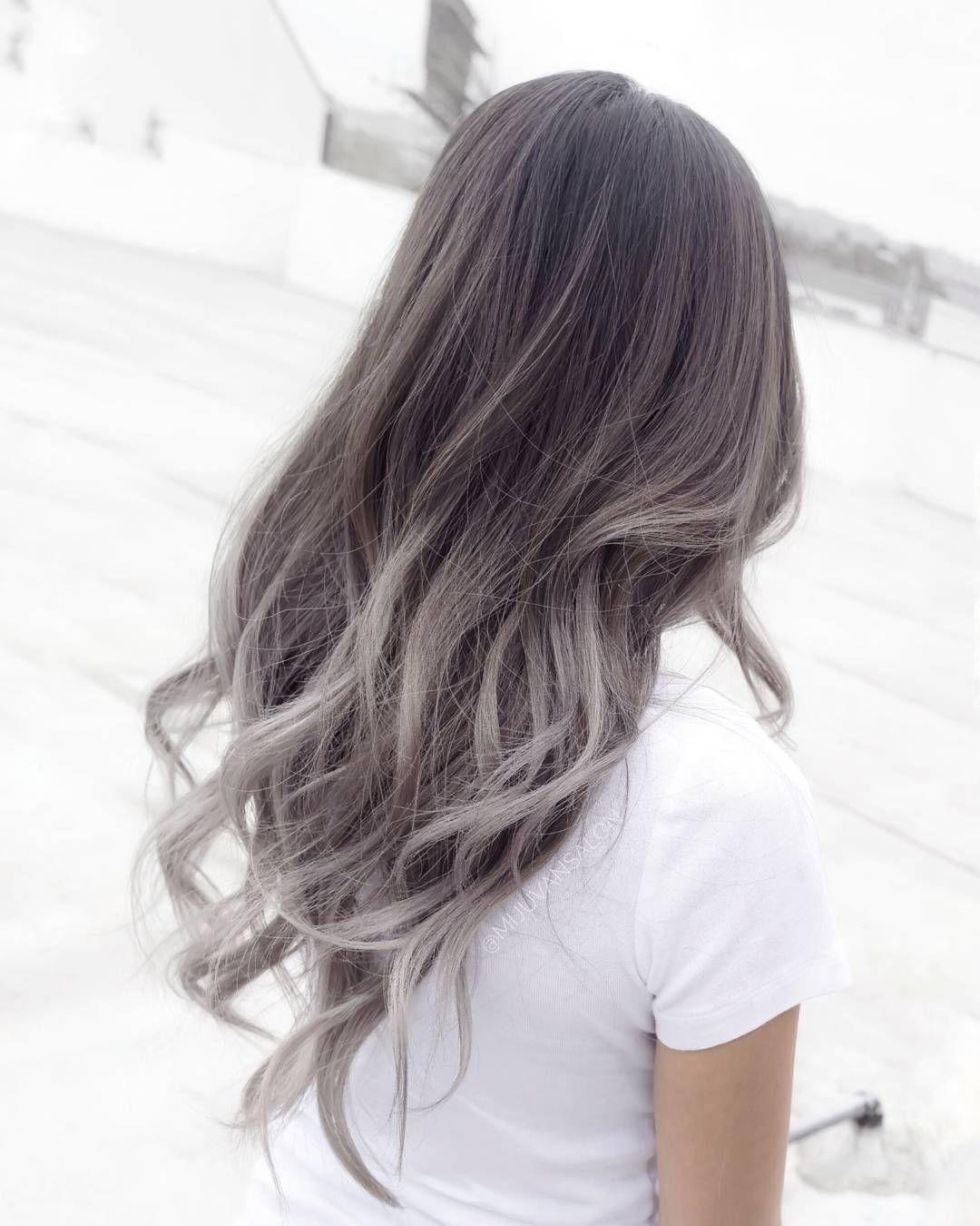 Haare Grau färben - Ombre Grau ist der neue Trend
