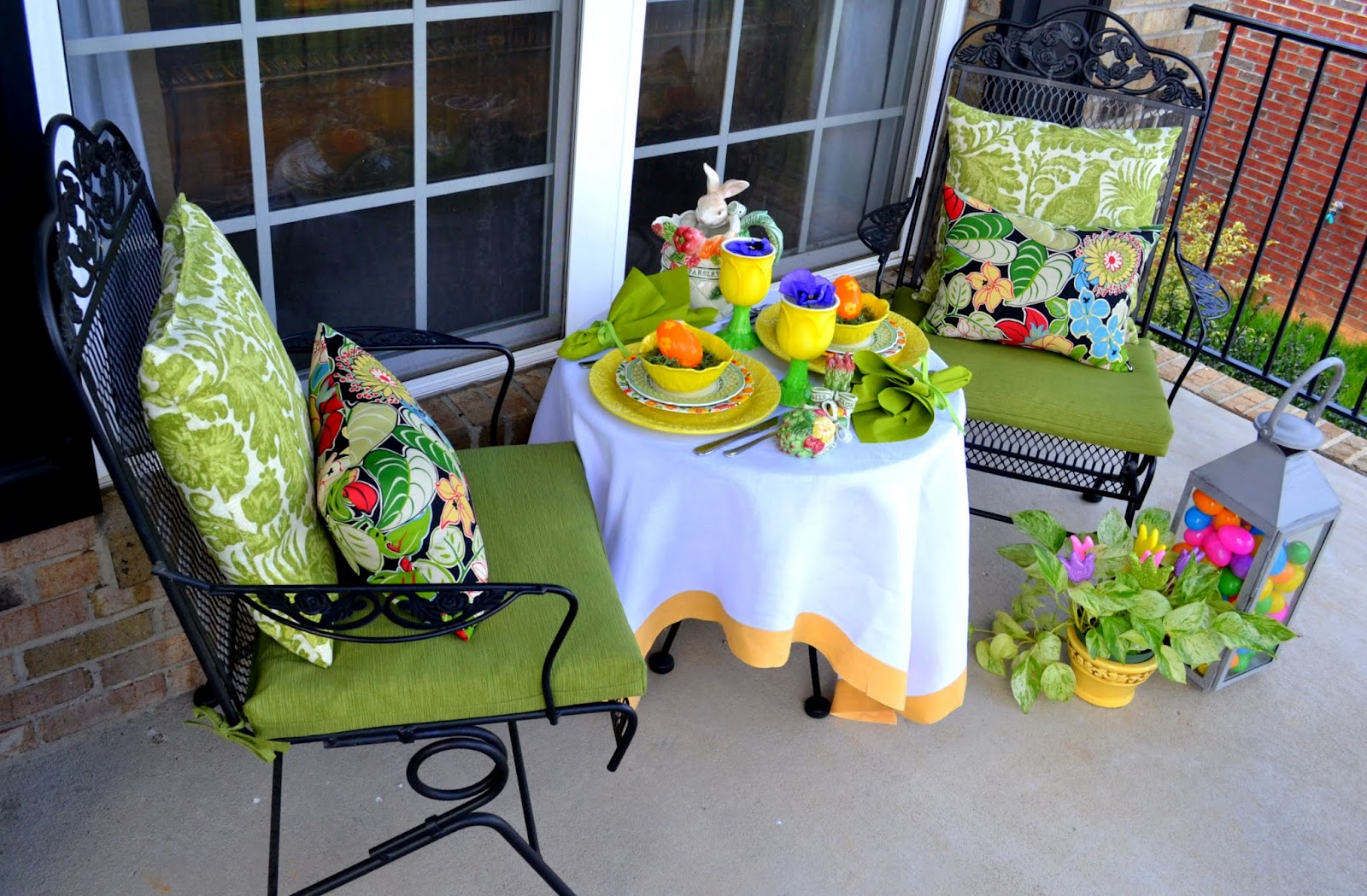 Osterdeko für den Garten und für die Terrasse