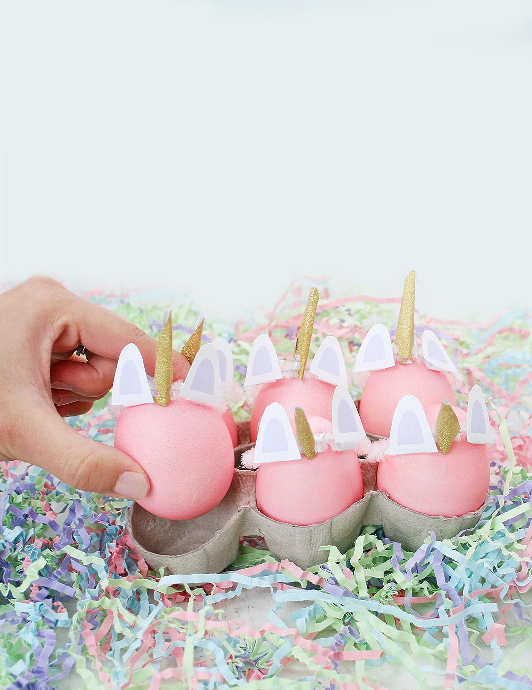 Ostereier bemalen mit Kindern - Einhorn Eier bemalen
