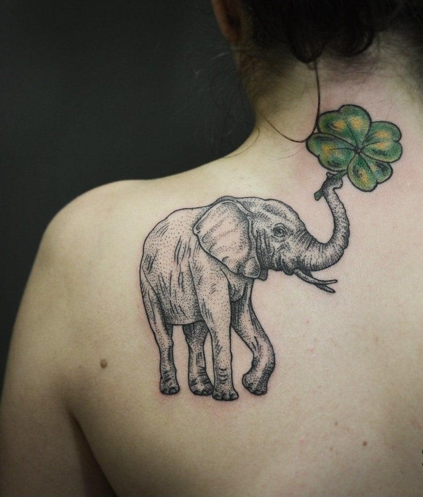 Tattoo Schulterblatt Elefant Tattoo Oberschenkel Tattoo