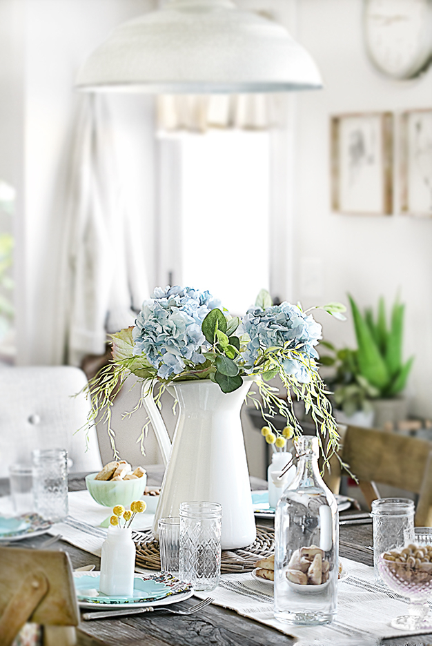 Tischdeko Frühling: zart und romantisch