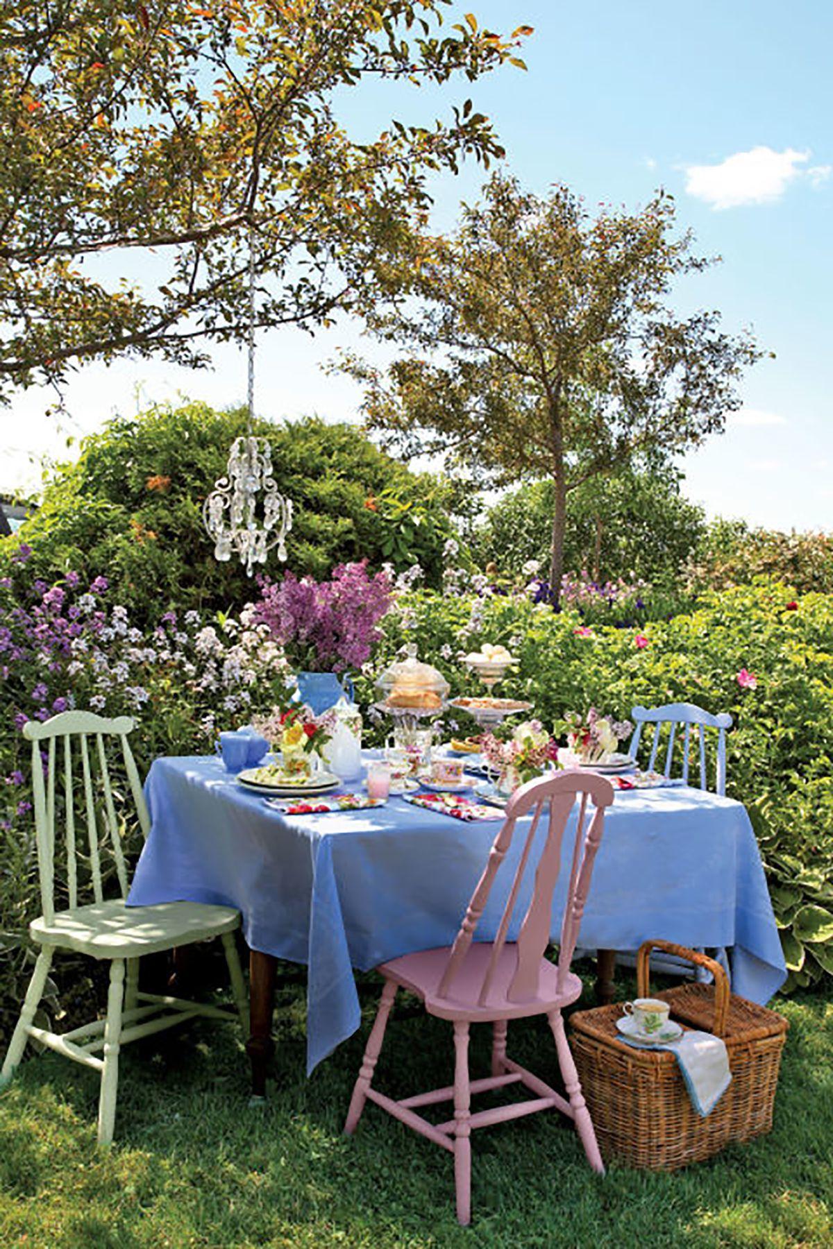 Tischdeko Frühling für Feiern draußen