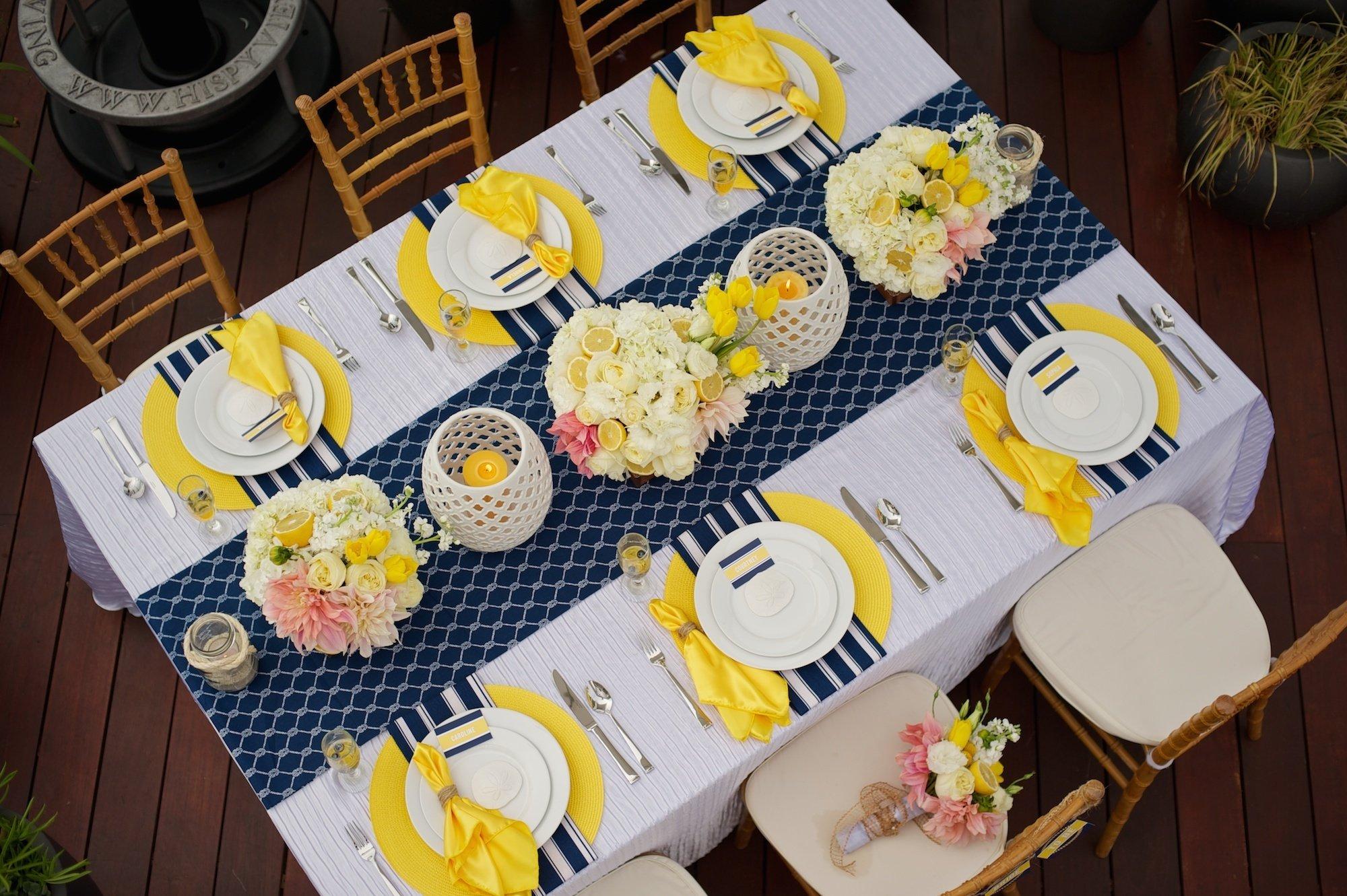 Tischdeko Frühling in Gelb und Blau