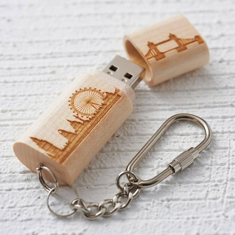 kreative Geschenke zum 18 USB Schlüsselanhänger