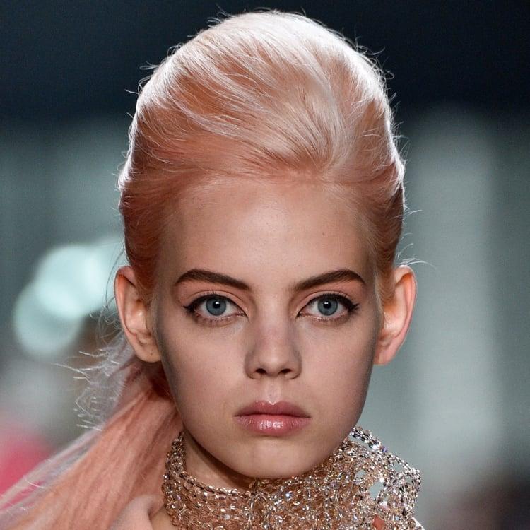 Haarfarbe Erdbeerblond faszinierender Look