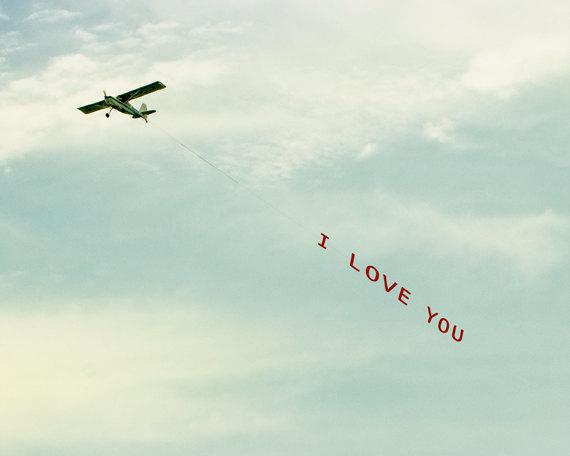 Hochzeitsantrag ungewöhnlich Flugzeug