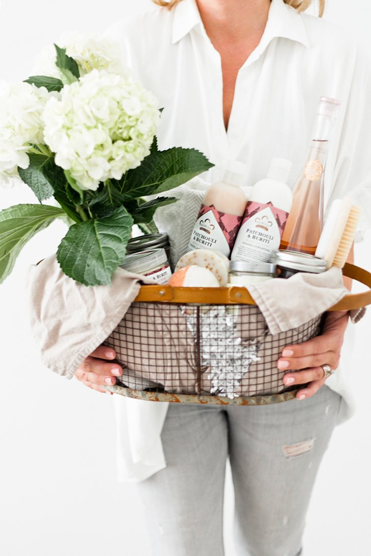 Viele Ideen zum Muttertag im Korb finden Sie in unserem Beitrag!