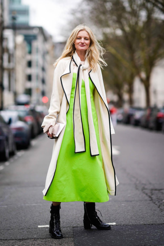 Kleid Neongelb Mantel Beige