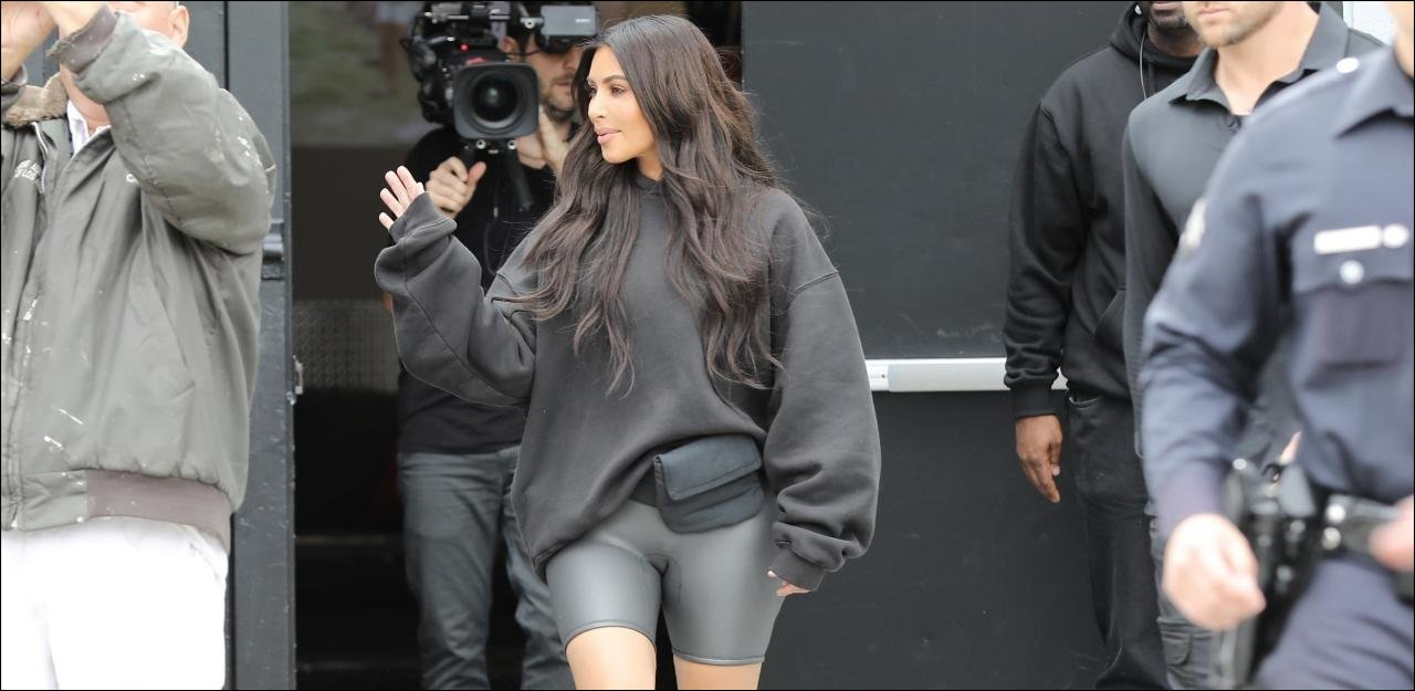 sportliche Pants silbern Kim Kardashian