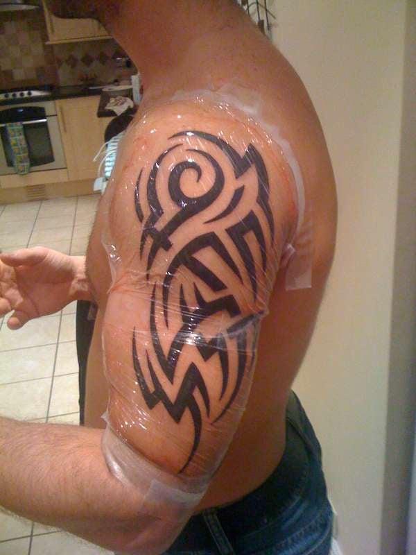 Tattoo Arm Mann Tribal
