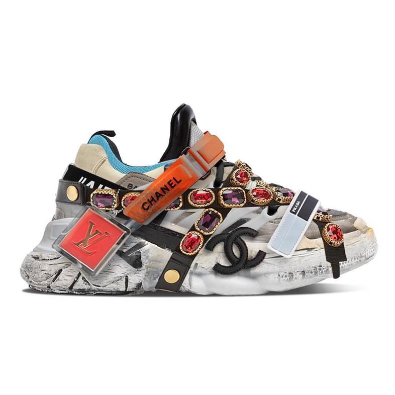 Ugly Sneaker mit Stein Akzenten
