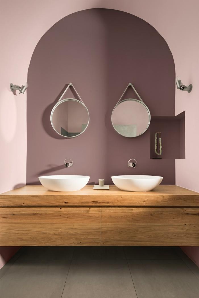 Wandfarbe Altrosa mit Holz kombinieren für modernes Badezimmer