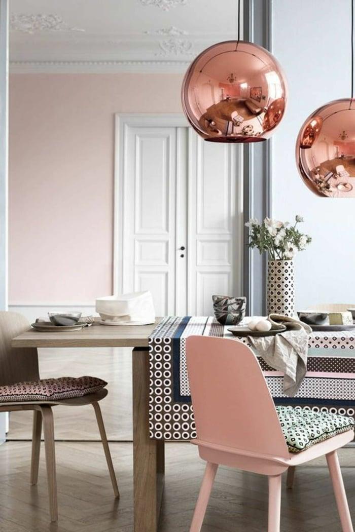 Wandfarbe Altrosa mit Kupfer kombinieren